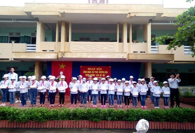 Ngày hội công nhận cấp phát chuyên hiệu - Tiểu học An Cầu