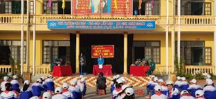"""TH & THCS Quỳnh Khê tổ chức sân chơi """" Chúng em và người lính"""" kỉ niệm 75 năm thành lập QĐNDVN"""