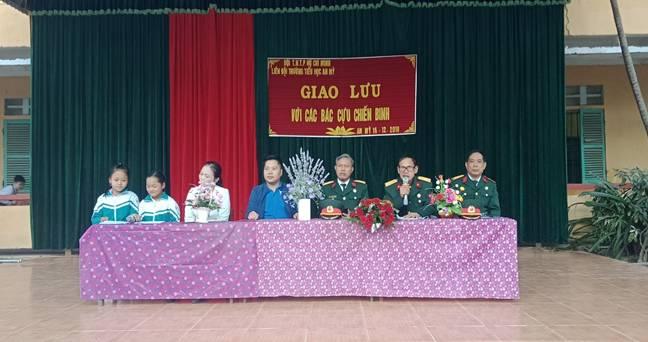 Hoạt động chào mừng ngày thành lập QĐND Việt Nam của Liên đội trường TH An Mỹ